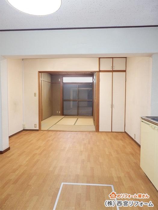 以前のダイニングキッチンと和室