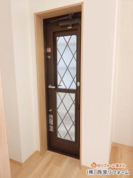リクシルの採風勝手口ドア