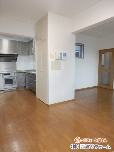 キッチンサイドの洗濯機スペースの移設