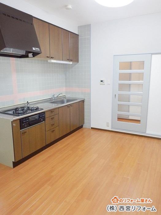 キッチンの部分的な修繕、カスタマイズ