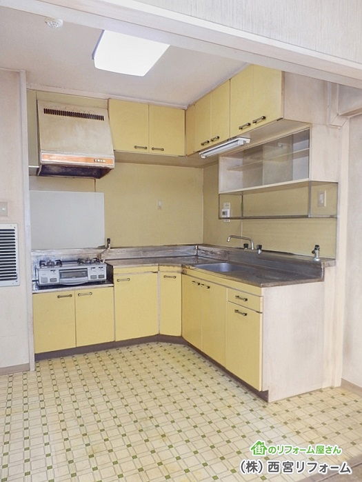 以前のL 型キッチン
