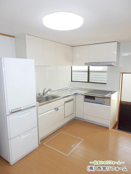 L型キッチンの設置