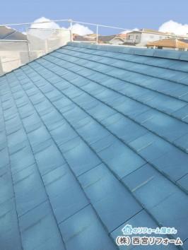 屋根材は、ケイミュー ルーガ
