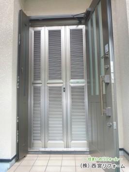 ルーバー式玄関網戸