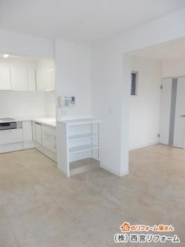 洗濯機スペースを収納スペースに変更