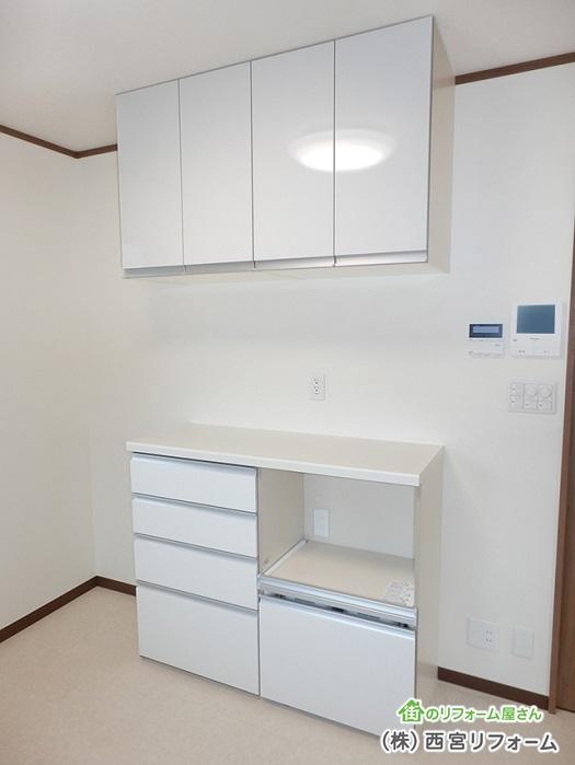 カップボード ( 食器棚 )の設置